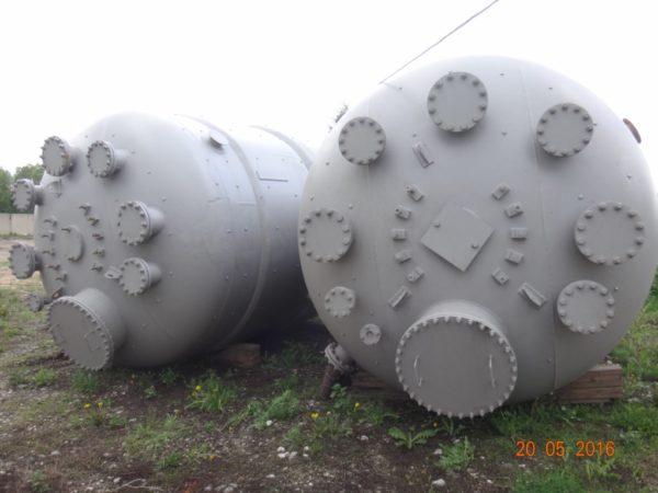 Химический реактор объём 32 м.куб.