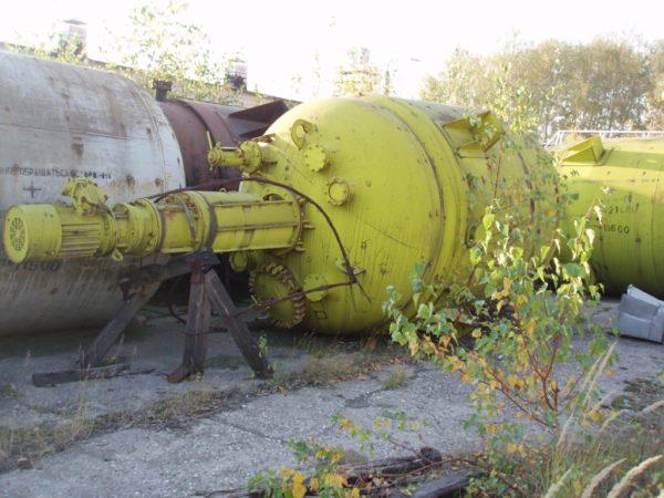 Аппарат стальной эмалированный тип СЭрн 16-3-Х2-05 объём 16 м.куб.
