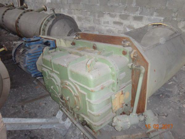 Вертикальный роторный тонкопленочный испаритель 5,5 и 4,2 м.куб.
