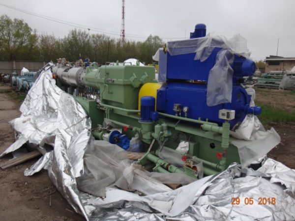 Двух шнековый экструдер Berstorff ZE 75 x 28D