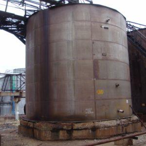 Резервуар нержавеющий объёмом 200 м.куб